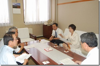 9月4日富士吉田市長への要請